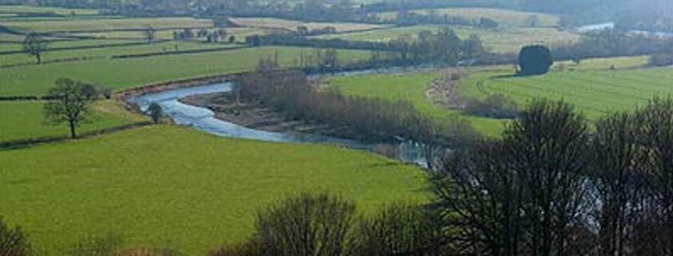 Llanthomas Beat River Wye
